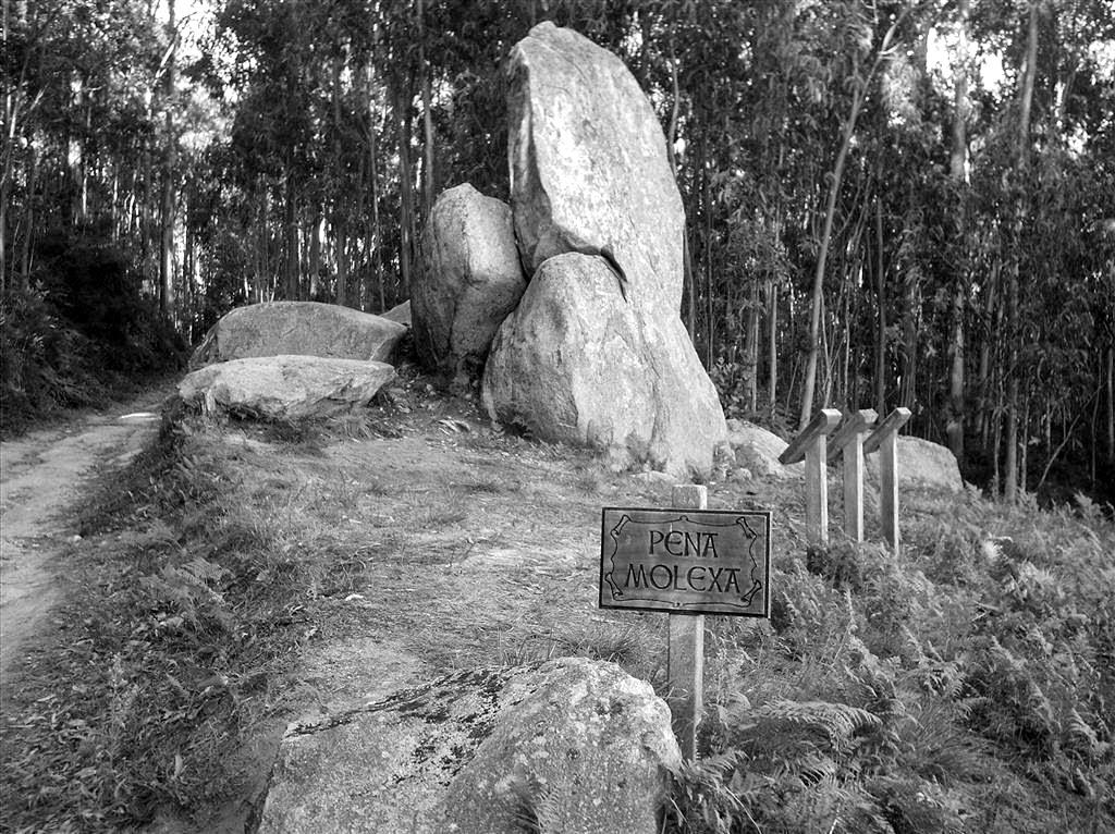 Lendas gallegas III. As pedras e as rocas na mitoloxía galega. Historia, Recuncho da historia