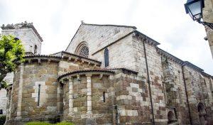 La Iglesia de Santiago Apóstol, en A Coruña Edad Media, Historia, Qué ver, Rincón de la historia, Sugerencias